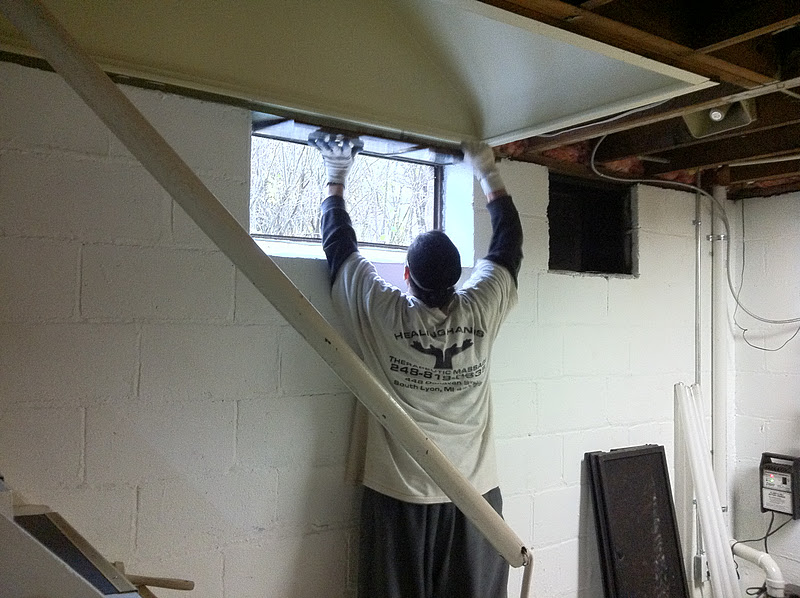 Replacement windows basement replacement windows sizes for Replacement window sizes